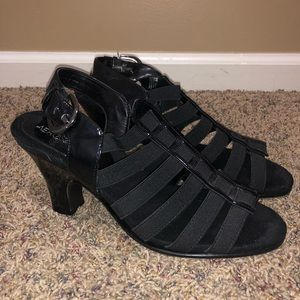 Black strapped heels size 8